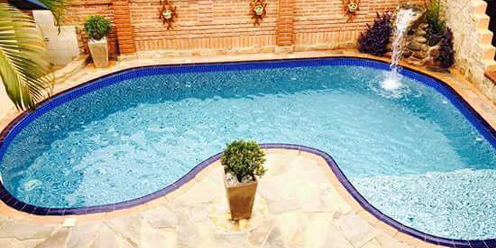 kyrios-pousada-piscina